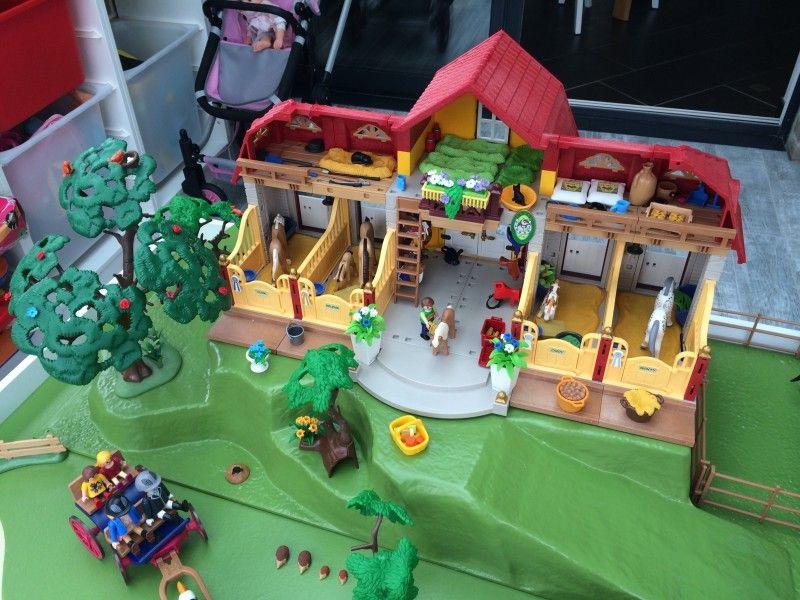 forums autres construire une table de jeux playmobil pour enfants mini cr ateurs maureen. Black Bedroom Furniture Sets. Home Design Ideas