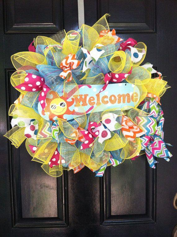 whimsical mesh wreath flip flop beach pool by designtwentyninesc 65 00