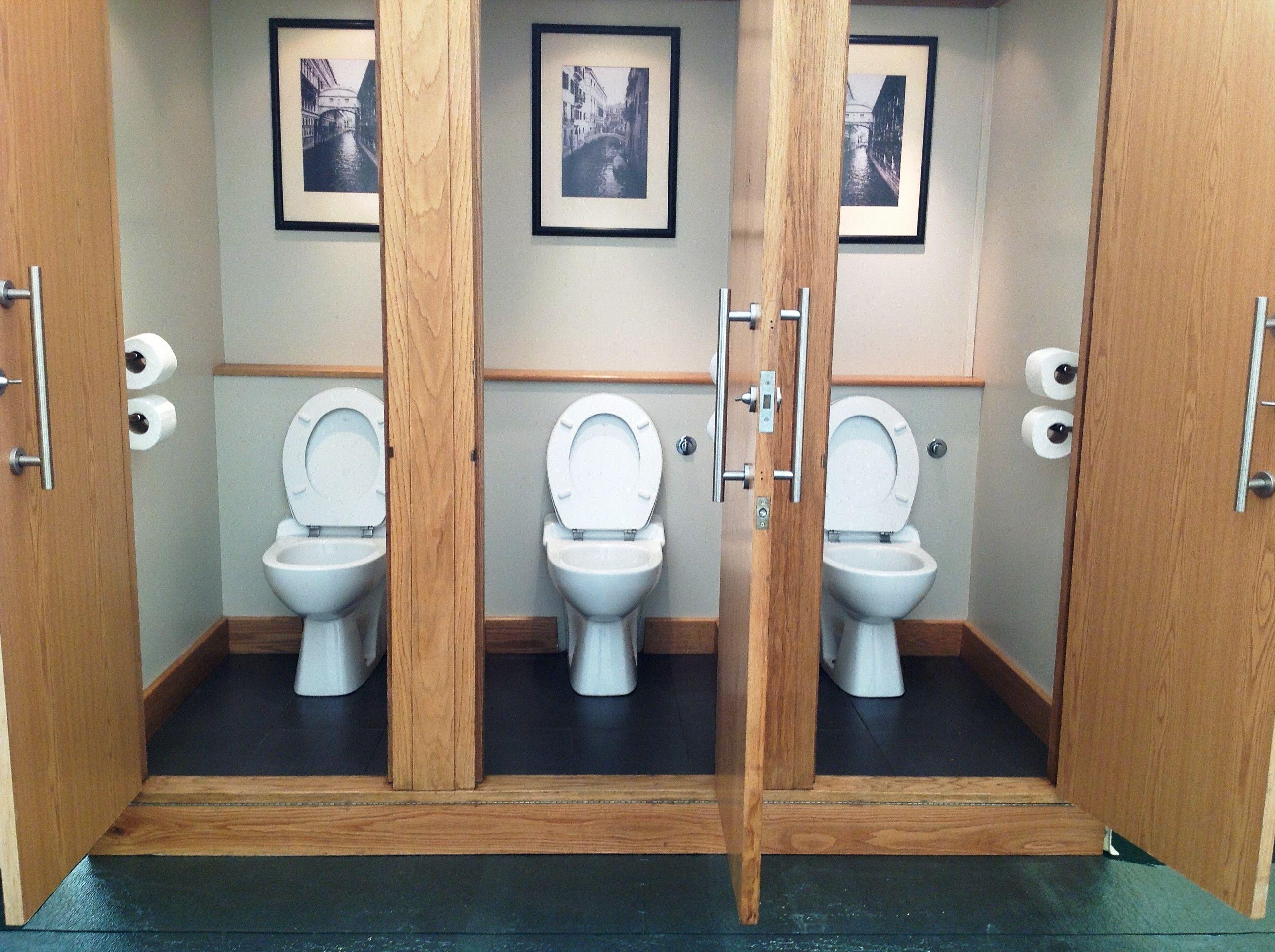 Luxury Moduvac Toilet Hire Portable Toilet Hire Vip Ladies Interior Toilet Hire For Weddings