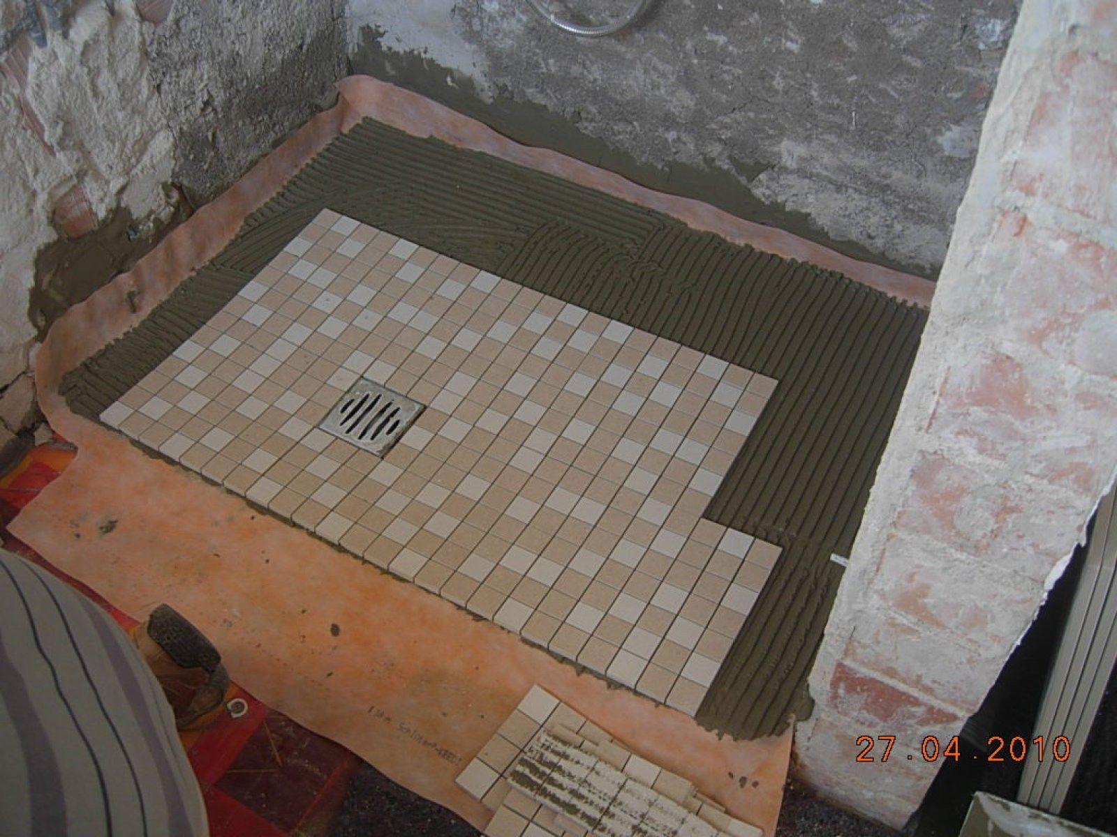 Plato de ducha de obra | Platos de ducha, Diseño de baños ...