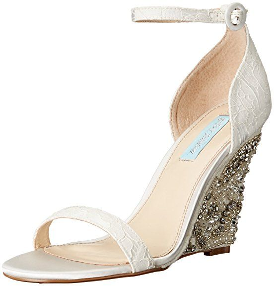 Blue by Betsey Johnson Women's Sb-Alisa Wedge Sandal, Ivory, 6 M US