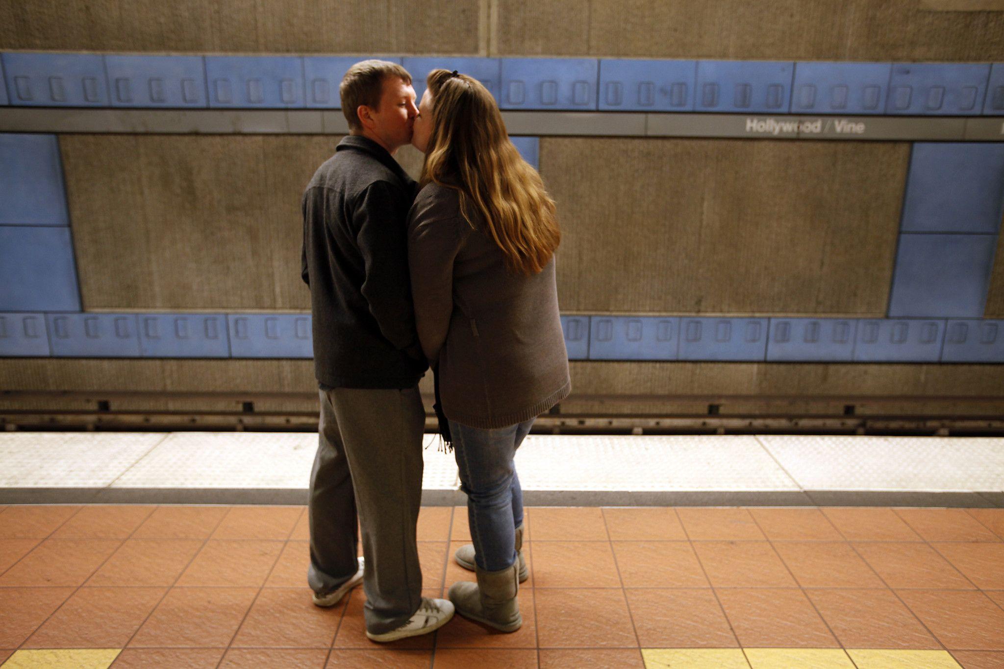 dating metro