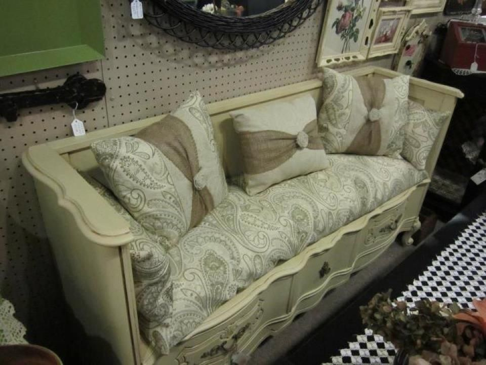 unique way to up-cycle a dresser.  Originally saw this on the Southern Junkers facebook page@Nancy Rufle - Oldfather...how awesome it this?  Better put Susan on finding us an old dresser.