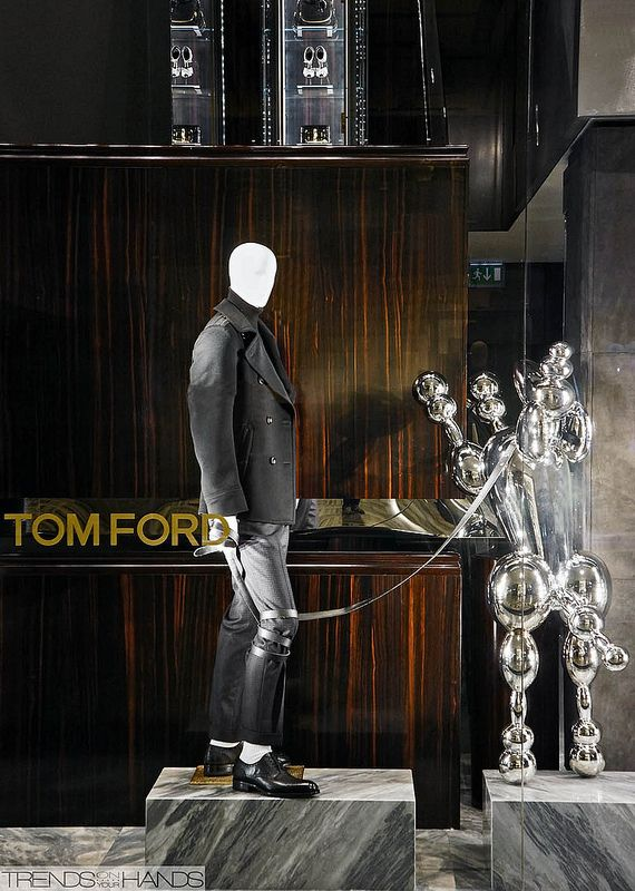 1c4c851ef7f5c2 Tom Ford Conception D affichage, Conception De La Boutique, Magasin Tom Ford ,