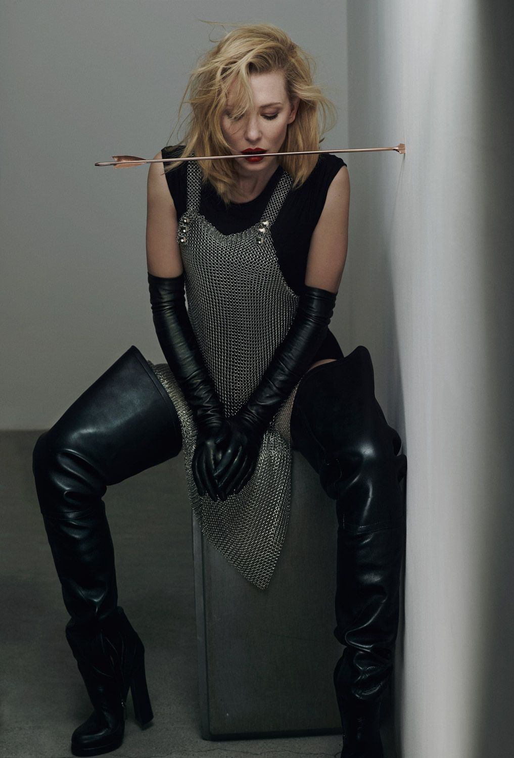 Vintage ladies leather opera gloves - Cate Blanchett Doing Her The Dangers Of Bows Public Service Announcement In Leather Opera