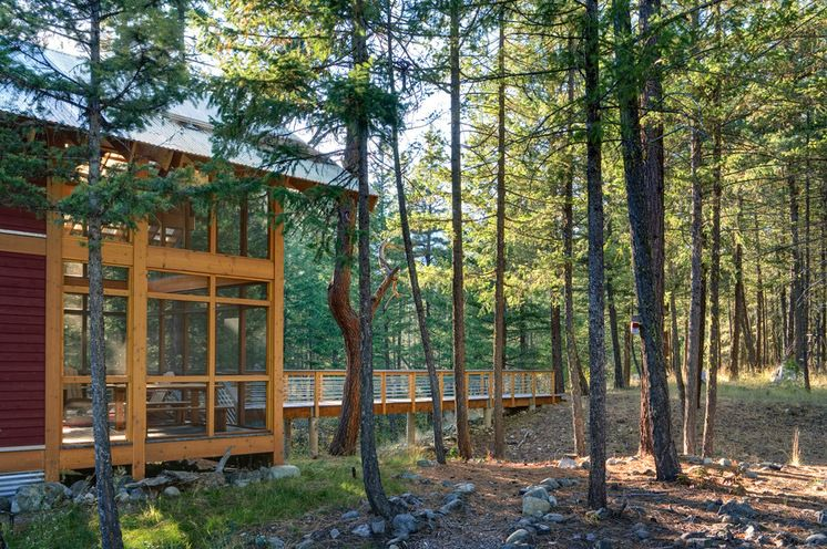 Breezy and BugFree Modern Porches Cabin design, Modern