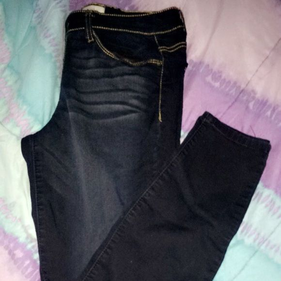 Dark Wash Skinny Jeans Dark Wash Skinny Jeans. Worn only once size 9 Rewind Jeans Skinny
