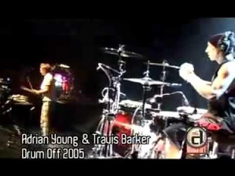 Adrian Young & Travis Barker    Fun to watch