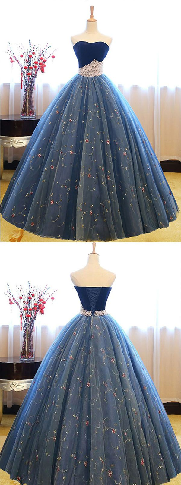 Ball Gown Sweetheart Court Train Navy Blue Lace Prom Dress with