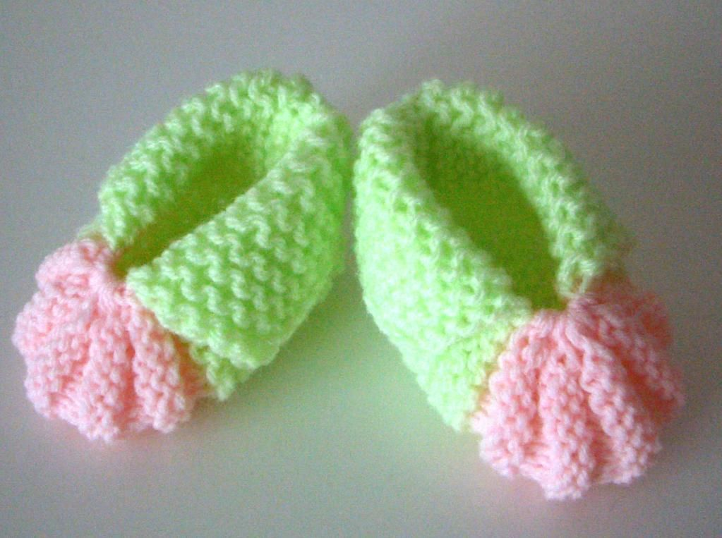 Berry Baby Booties Knitting Pattern Easy Baby Booties Knitting