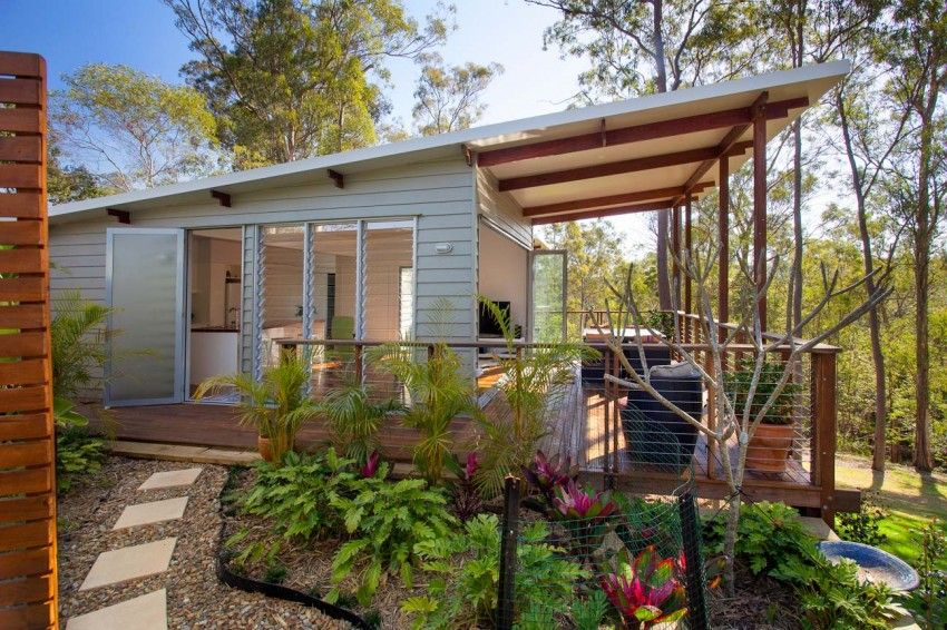 Practical and Inspiring Tree House Granny Flat in Queensland Australia