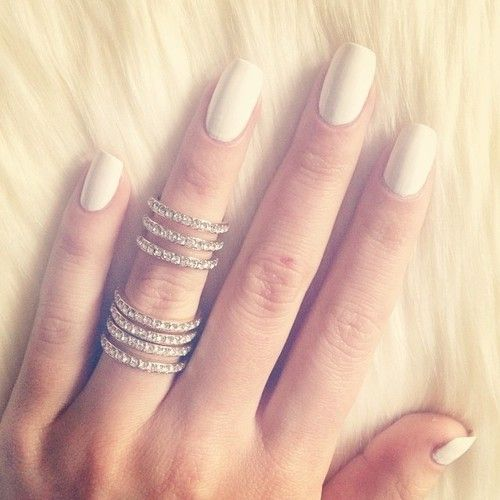 faux ongles blanc