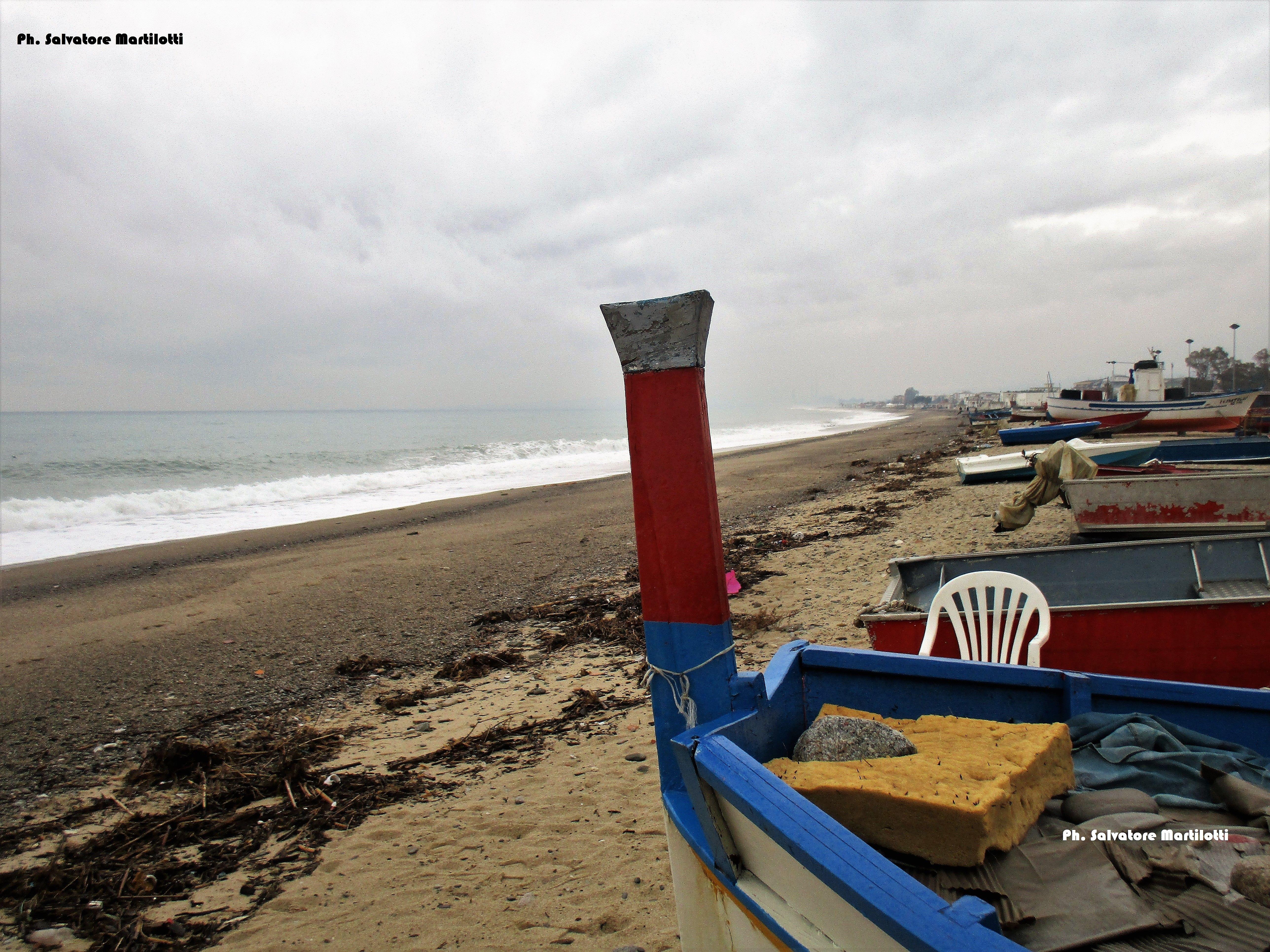 La spiaggia dei pescatori con il mare di levante! Ph. Salvatore Martilotti