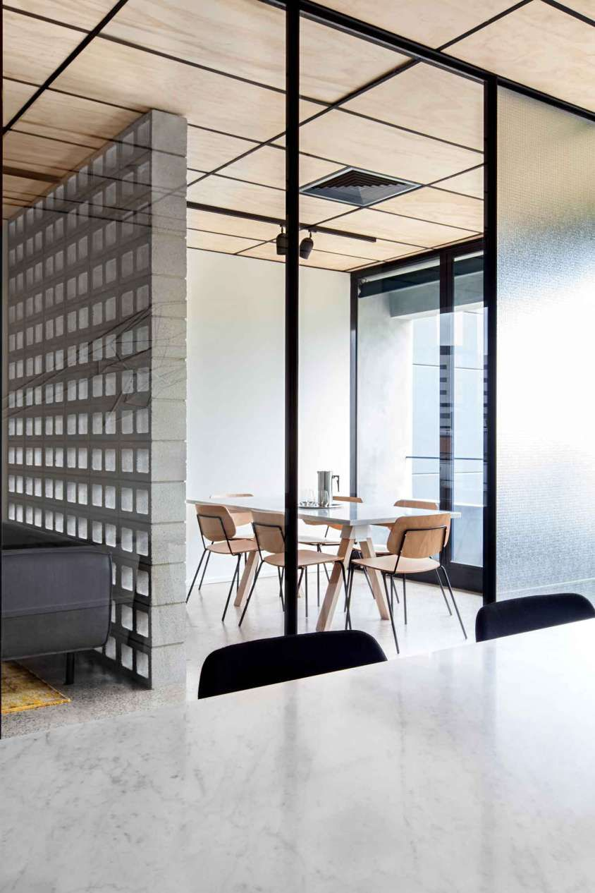 peaceful creative office space. Blackwood Street Bunker By Clare Cousins Architects. Shared Office SpacesModern Peaceful Creative Space B