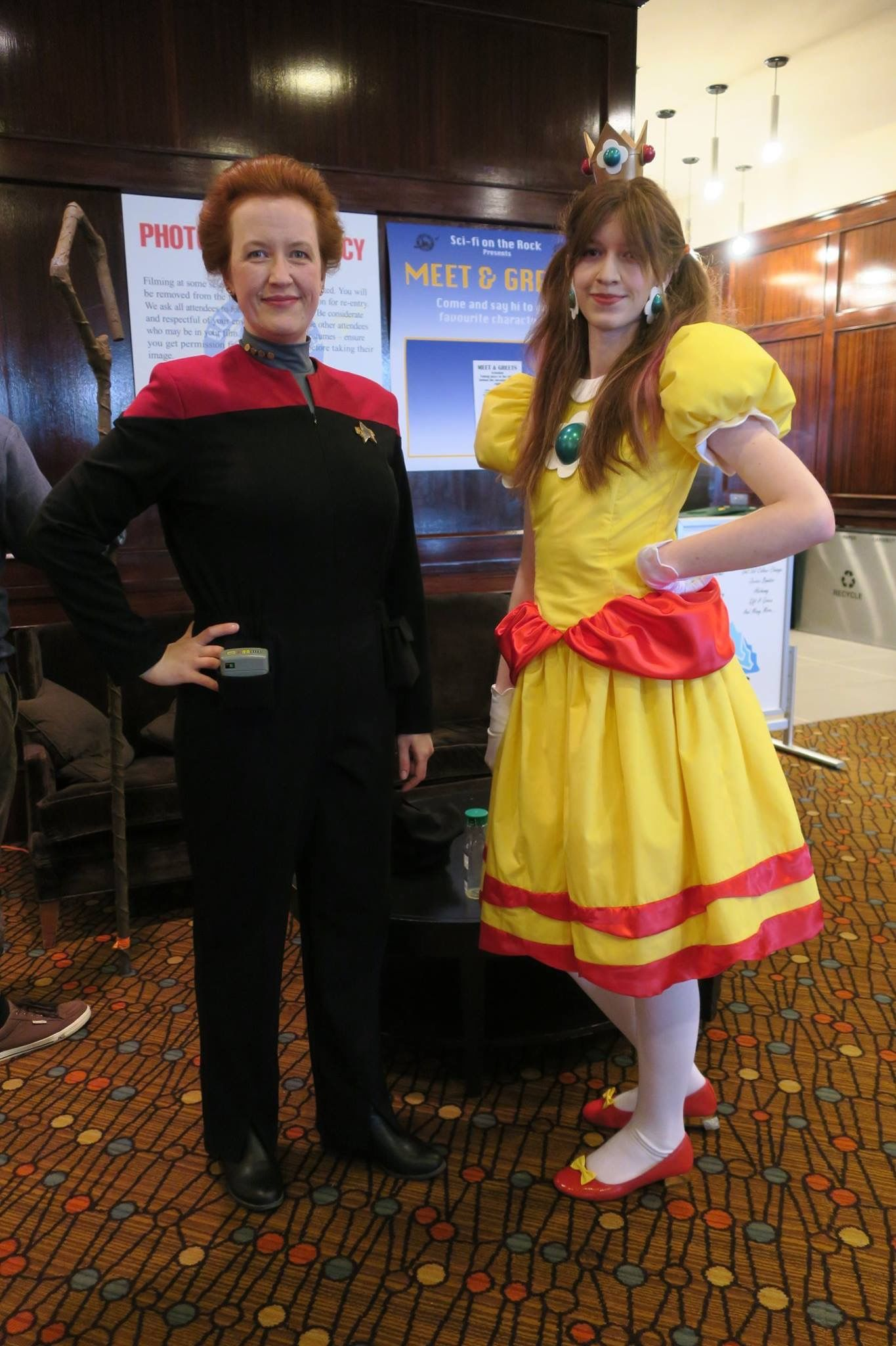 Captain Janeway (Star Trek: Voyager) and Princess Daisy (Super Mario). Cosplay 2017 for myself and my daughter.