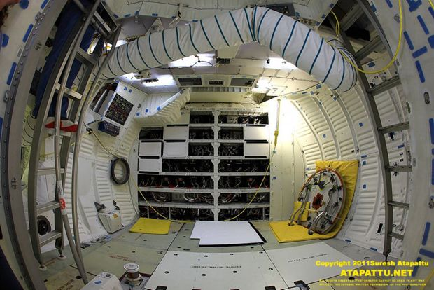 space shuttle interior 3d scan - photo #36