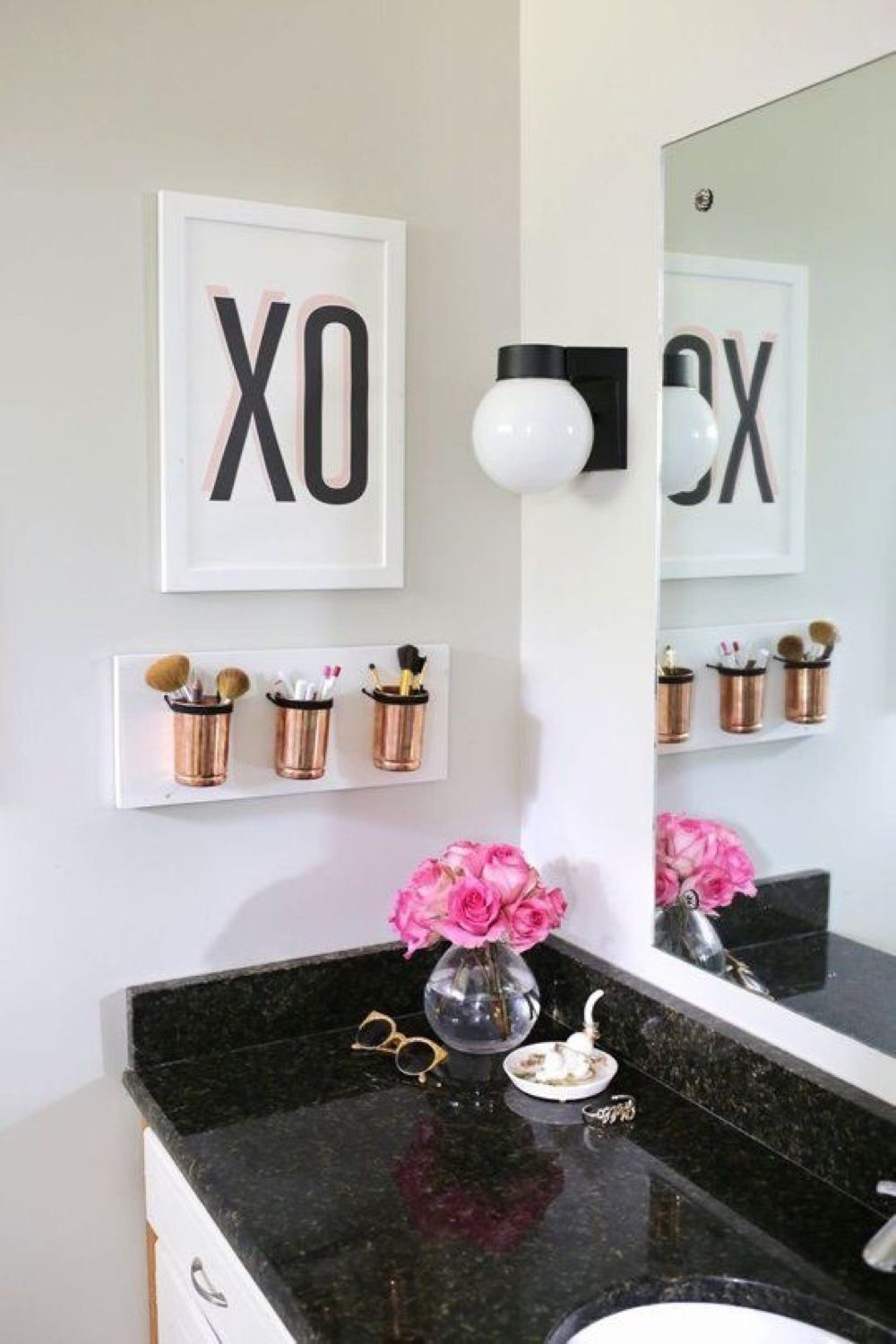 Blackwhiteandgoldbathroomdecorideas Apartment In 2019