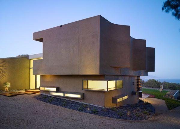Modern Luxury House modern luxury house in point dume, malibu - breathtaking views