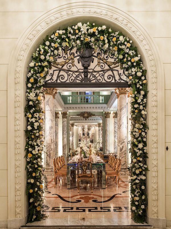 Decoração Clássica Branca e Dourada | Vestida de Noiva | Blog de Casamento por Fernanda Floret