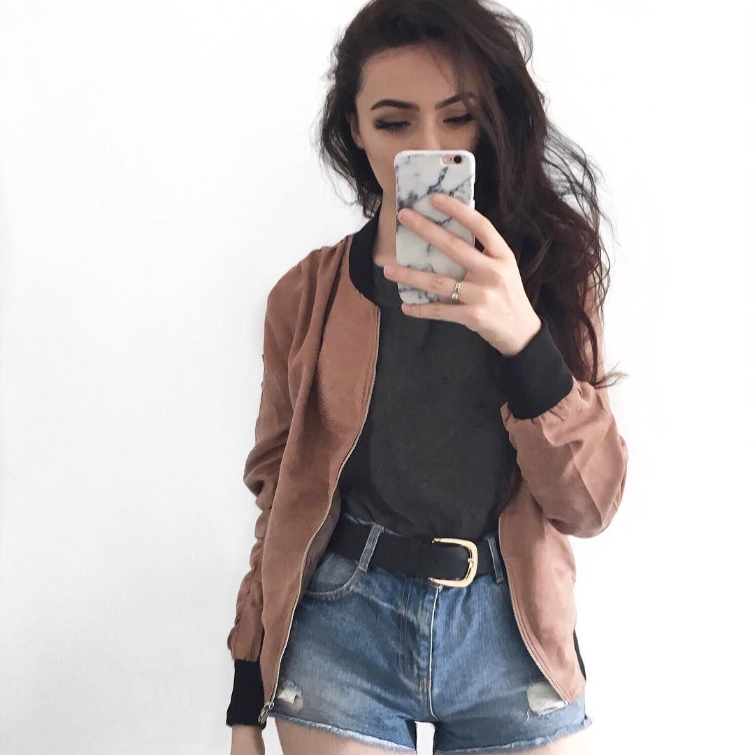 Layers Simple DIY Girl Curves Fashion Outfit Inspo Ill It