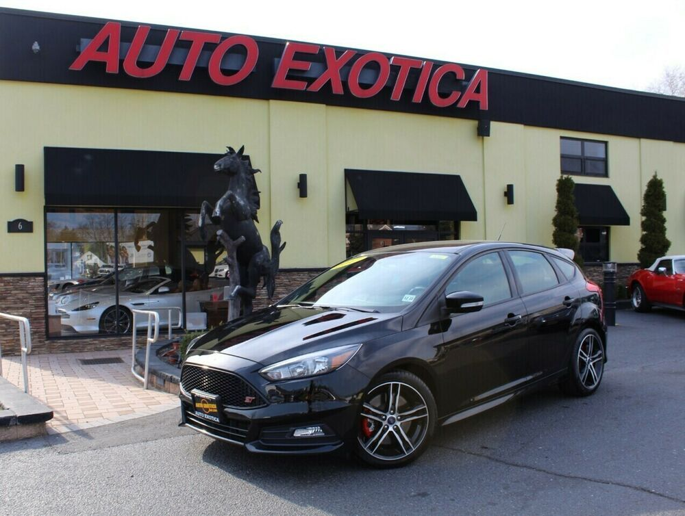 Ebay Advertisement 2017 Focus St 2017 Ford Focus St 6 Speed Manual 4 Door Hatchback Black Ford Focus New Ford Focus Ford