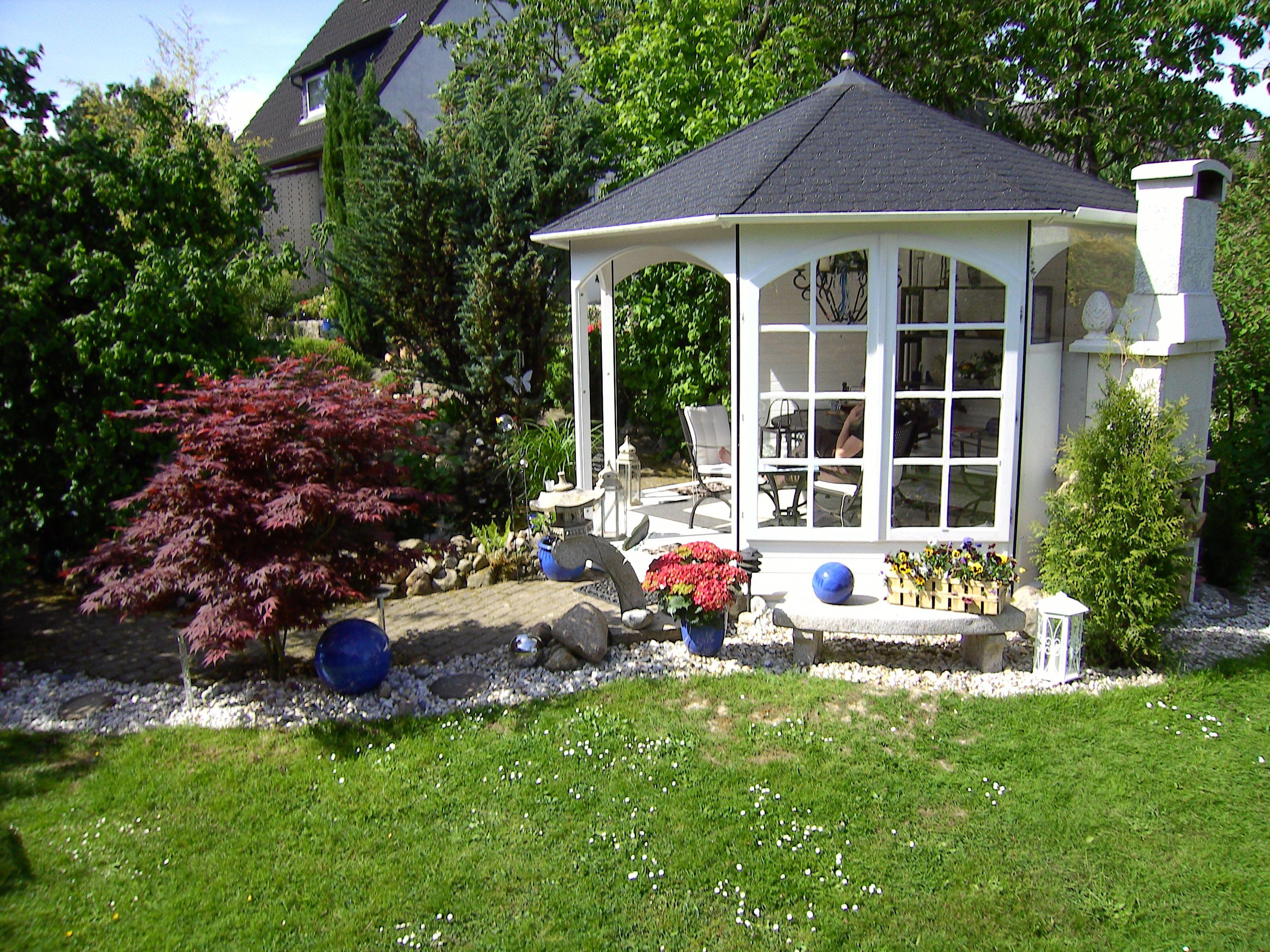 Modern von RIWO Gartenpavillons auf Gartenpavillons