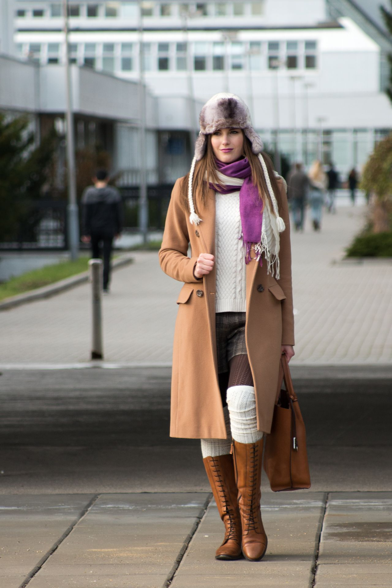 256f2a3bba51b OUTFIT OF THE DAY, OOTD, OUTFIT, FASHION, INSPO, OVER KNEE SOCKS, SHORTS, PIETRO  FILIPI, HAT, SCARF, BOOTS, CREAMY, CAMEL COAT