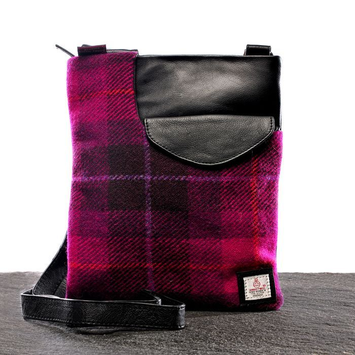 2e2483dcba2f Great combination of textures - Harris Tweed accessory label Maccessori.