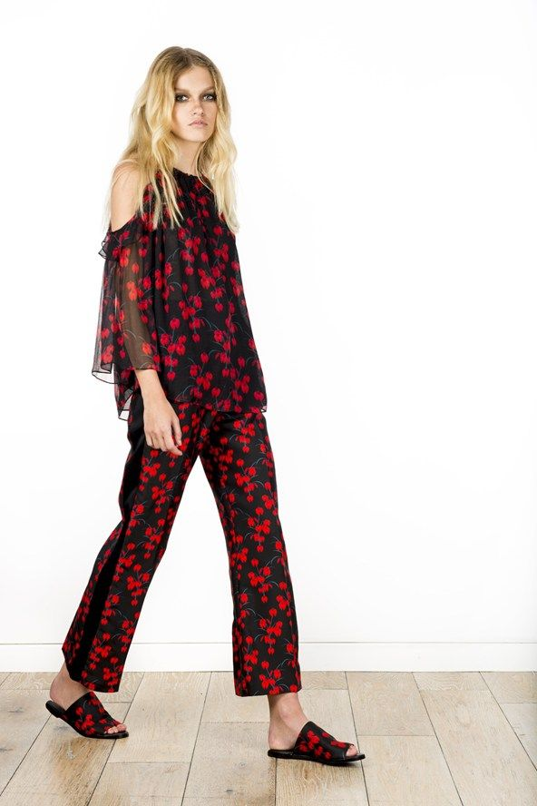 See the Rachel Zoe pre-spring/summer 2016 collection. Click through for full gallery