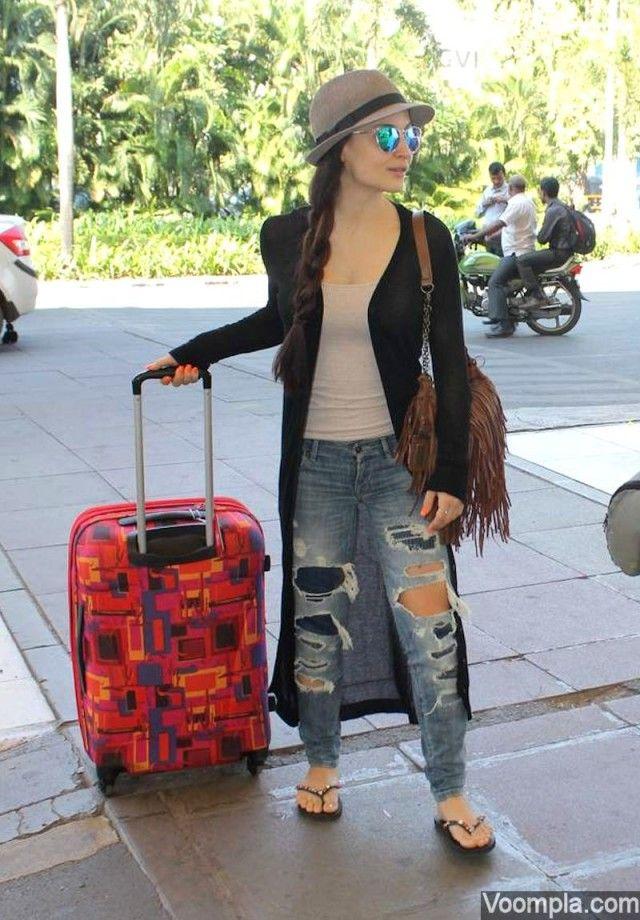 Elli Avram | Ripped jeans, Jeans, Fashion