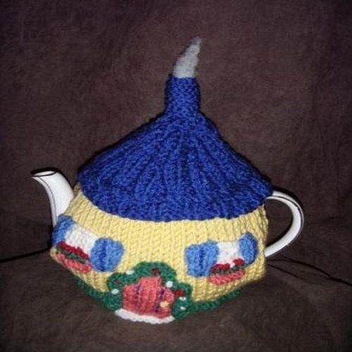 FAIRYTALE COTTAGE Tea cosy Knitting by TeaCosiesandBlankets
