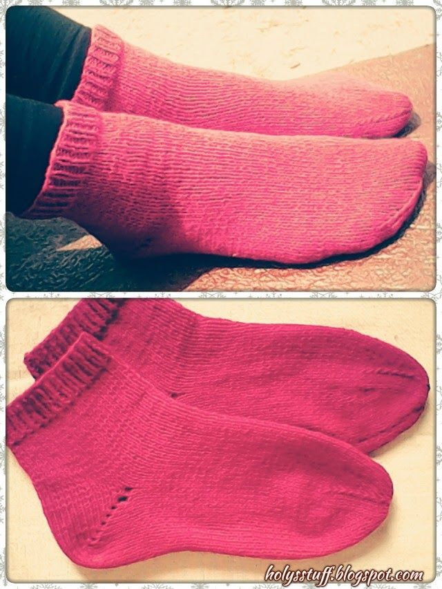 Free pattern: easy knitted straight needle socks | Holy\'s stuff ...
