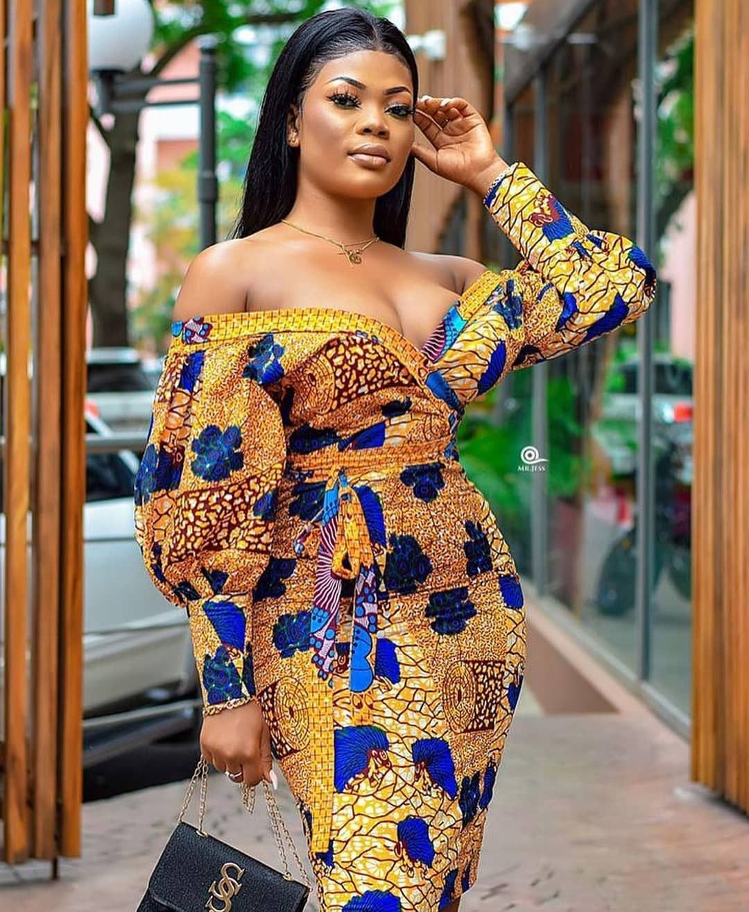 2019 Best Of Latest Ankara Short Gown Styles Africanstyleclothing Ankara Styles Picture Robe Africaine Tendance Modele De Robe Africaine Robe Africaine Droite