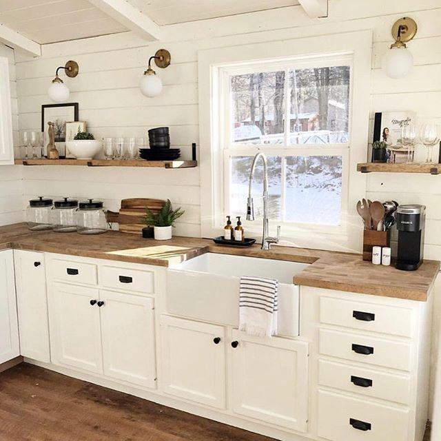 Easy Chalkpaint Revamp - One Dresser Two Ways ⋆ Designs By Karan