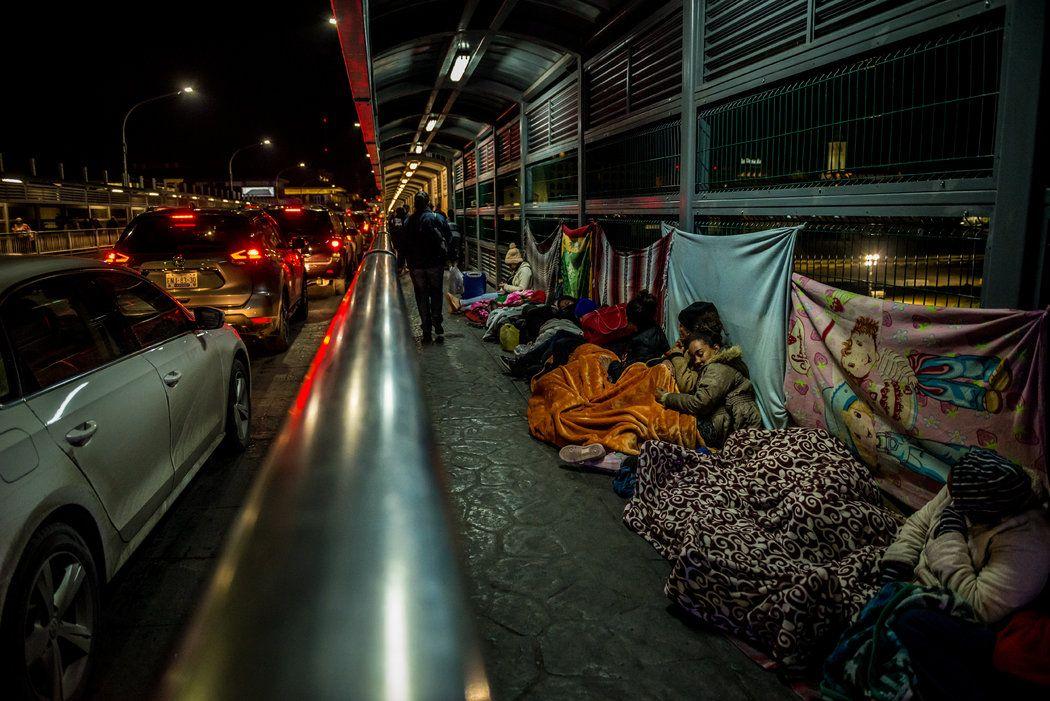Along the usmexico border world news today new world