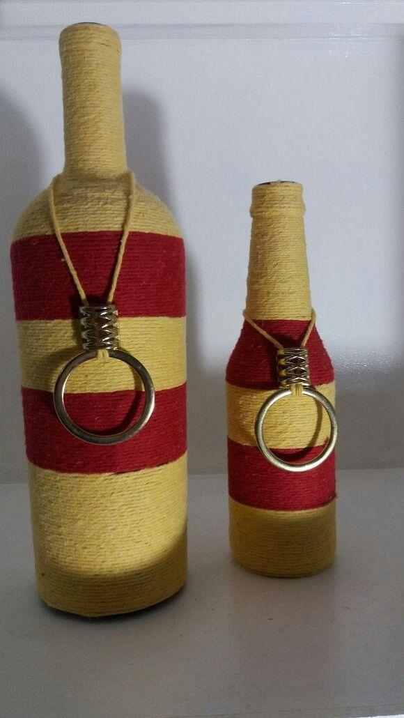 garrafas decoradas vermelho e amarelo em barbante artesanato em vidro Garrafas decoradas  -> Decoração Em Garrafas Com Barbante