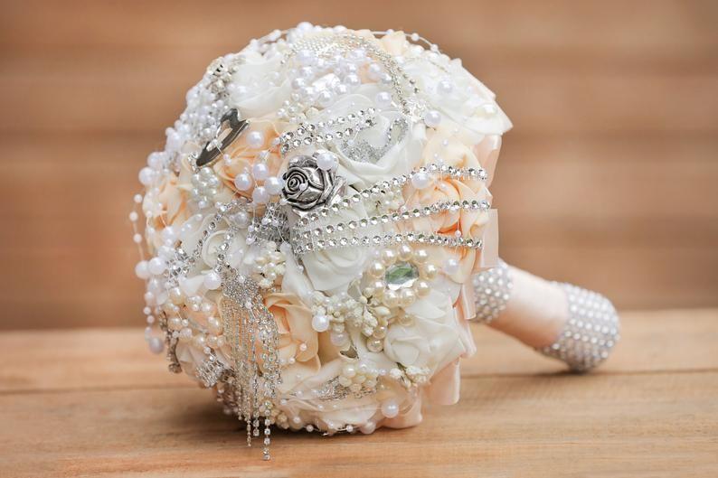 Wedding bouquet, Luxury handmade bridal bouquet, Bridal brooch bouquet, Elegant bouquet, Ivory and soft peach jeweled bouquet #silkbridalbouquet