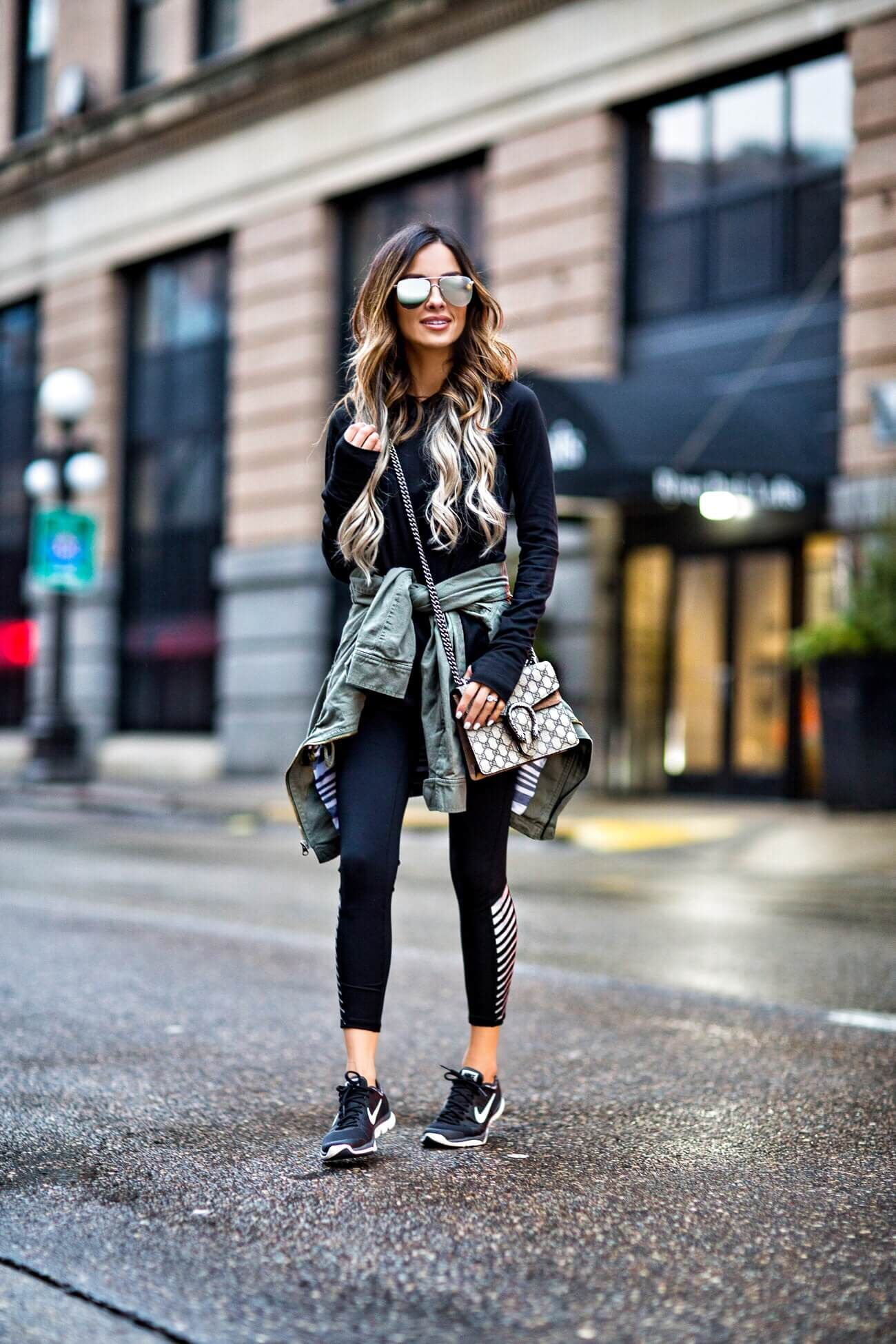 befe99629082 fashion blogger mia mia mine wearing a gapfactory workout outfit ...