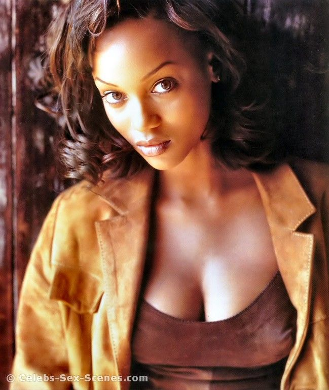 Tyra banks nude boobs