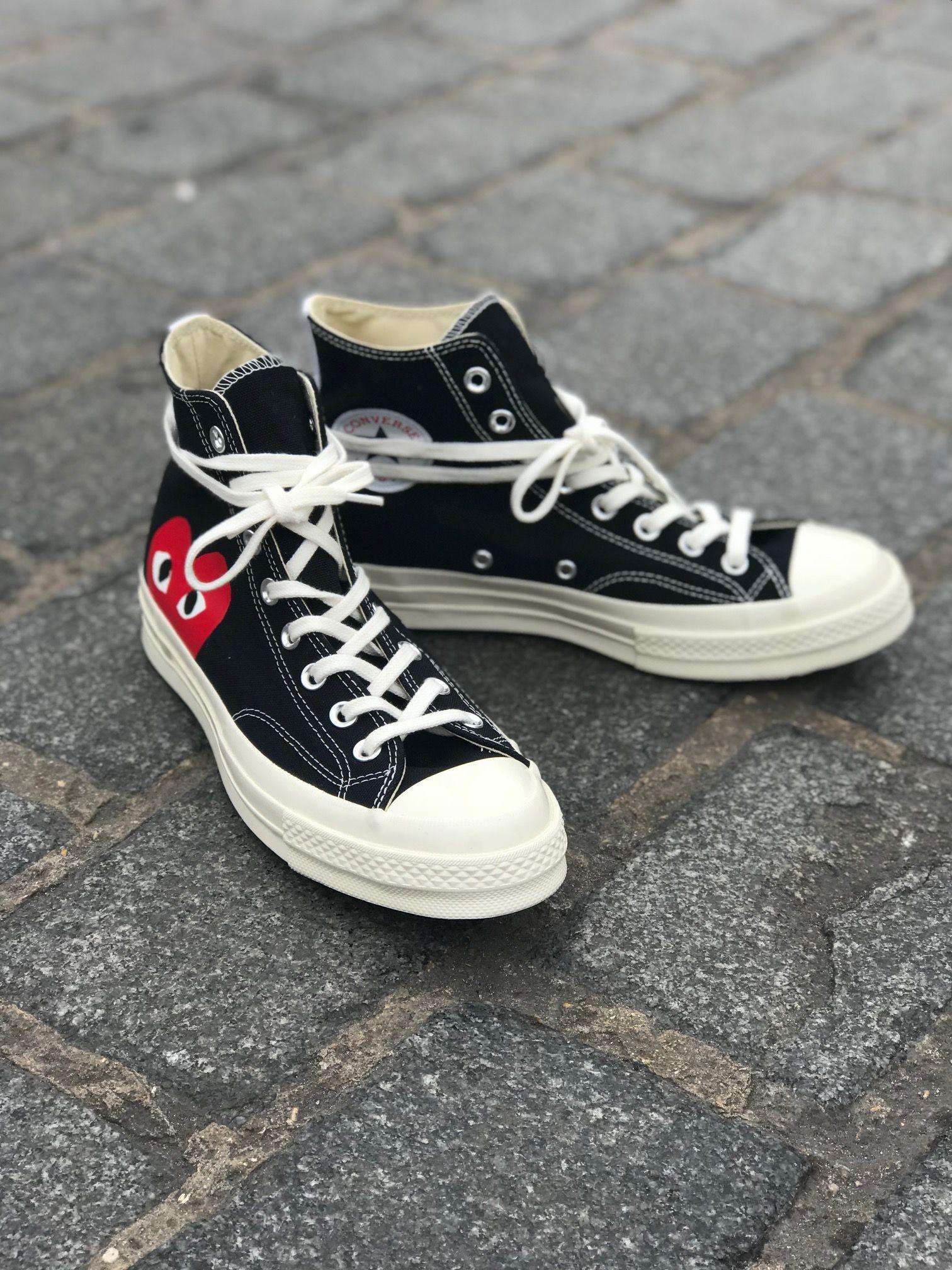 SHOP ONLINE €139 - COMME DES GARCONS PLAY x Converse black ...