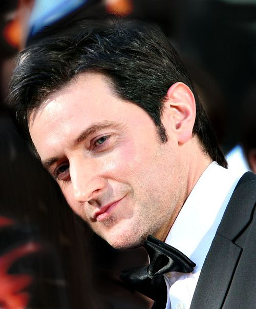 Oh No They Didn't! - Richard Armitage: Hesitant Hero