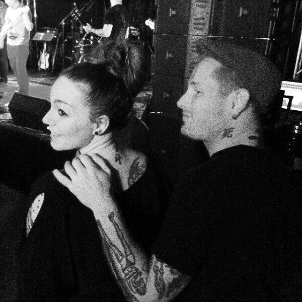Thanks to @kodachromegirl for sending me this wonderful pic full of love! Here you can see this is the most beautiful couple ever... ♥ Definitely my relationship goal! #coreytaylor #coreymotherfuckingtaylor #coreytaylorrock #number8 #slipknot #stonesour #stephanietaylor #coreytaylorwife #metalwife #queenstephanie #queensteph #theboss #stephanietaylornationalarmy #stephanietaylorworldwidearmy #relationshipgoals #thisislove