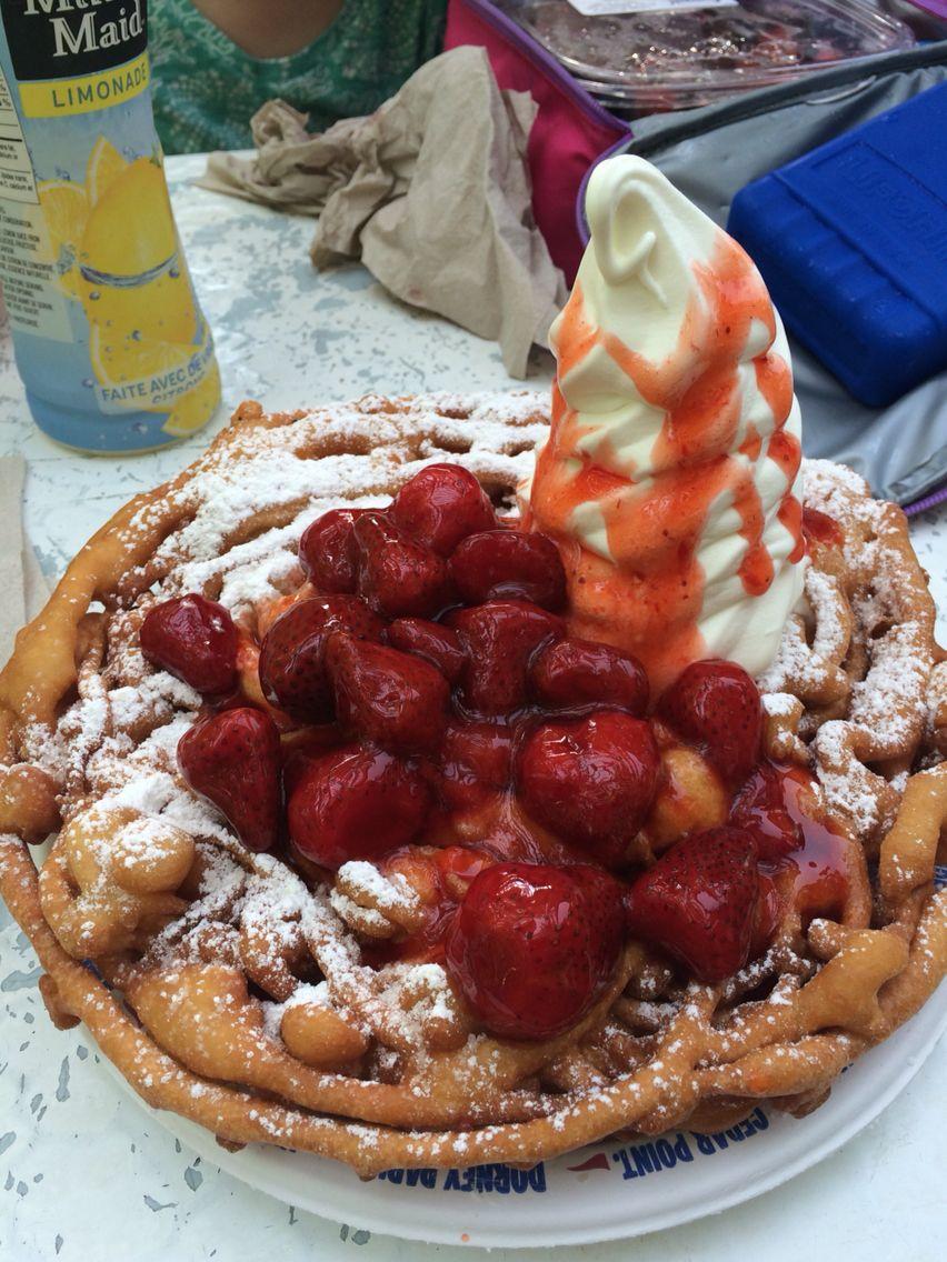 Funnel cake at Canada's Wonderland!! Food, Desserts