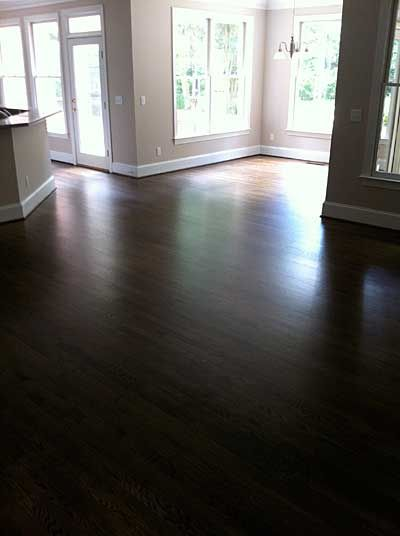 Red Oak With Grain Popped Duraseal Dark Walnut Stain I M