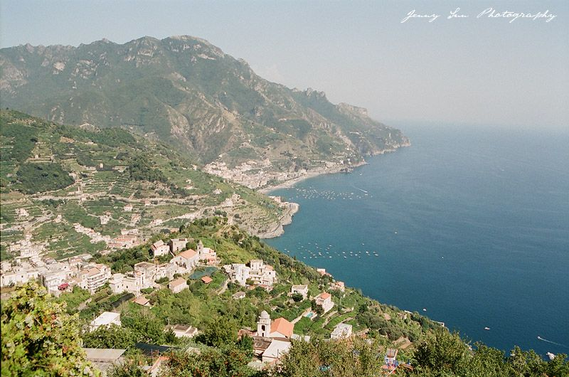 Travel Desination: Amalfi Coast Italy on Film - Jenny Sun Photography Blog    See the full post on this gorgeous destination at http://www.jennysunblog.com/blog.cfm?postID=183-film