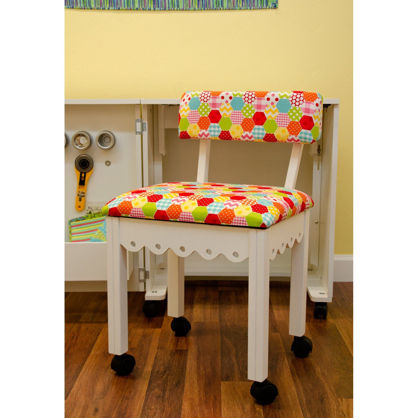 Arrow Riley Blake Hexi Print Sewing Chair