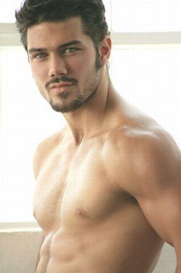 Ryan Paevey