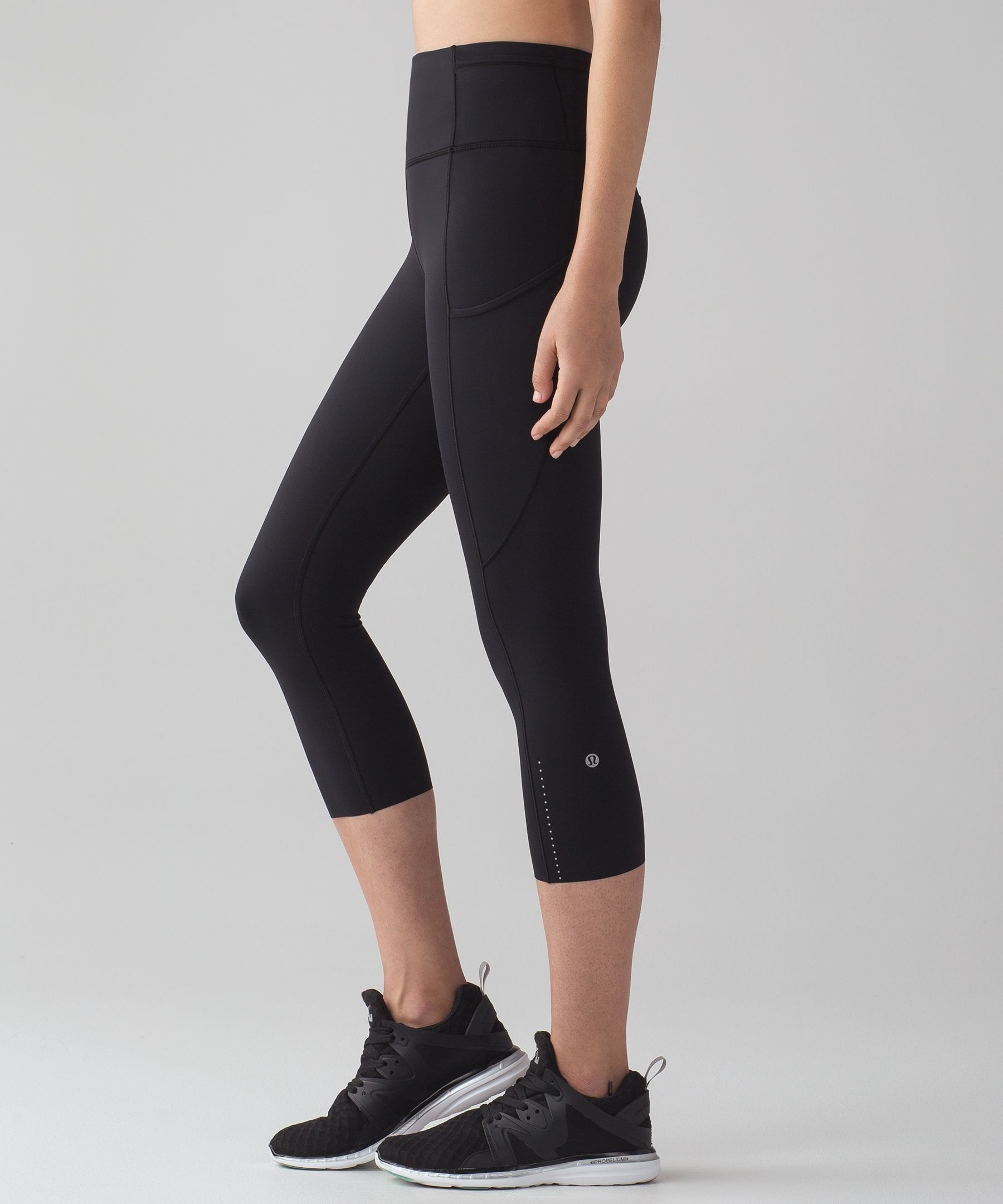 0cfd259519 Lululemon Fast and Free Crop II 19 *Nulux | I workout | Free crop ...