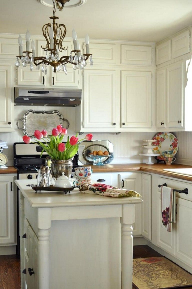 40+ Stunning Small Cottage Kitchens Decorating Ideas ... on Rustic:mophcifcrpe= Cottage Kitchen Ideas  id=92310