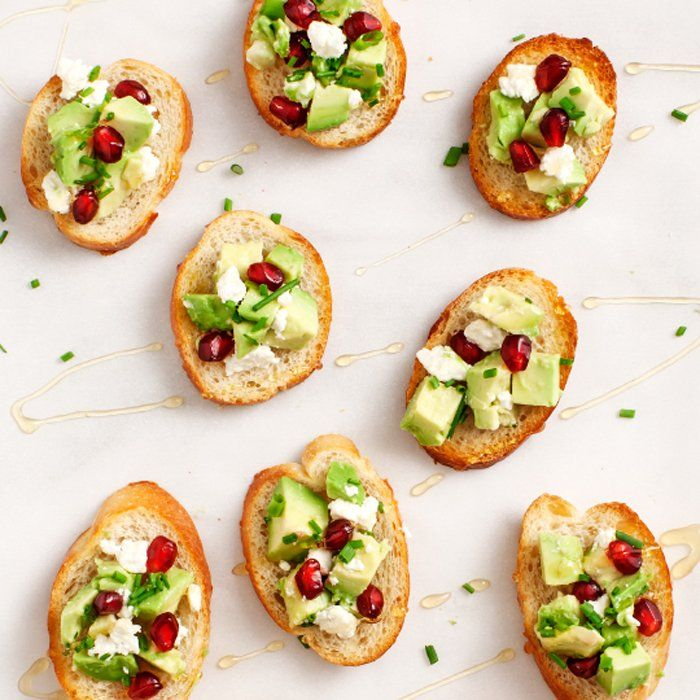 Pack your basket with these crowd-pleasing crostinis, dips, and desserts, add sunshine and the park, and you've got the perfect weekend afternoon. - Shape.com